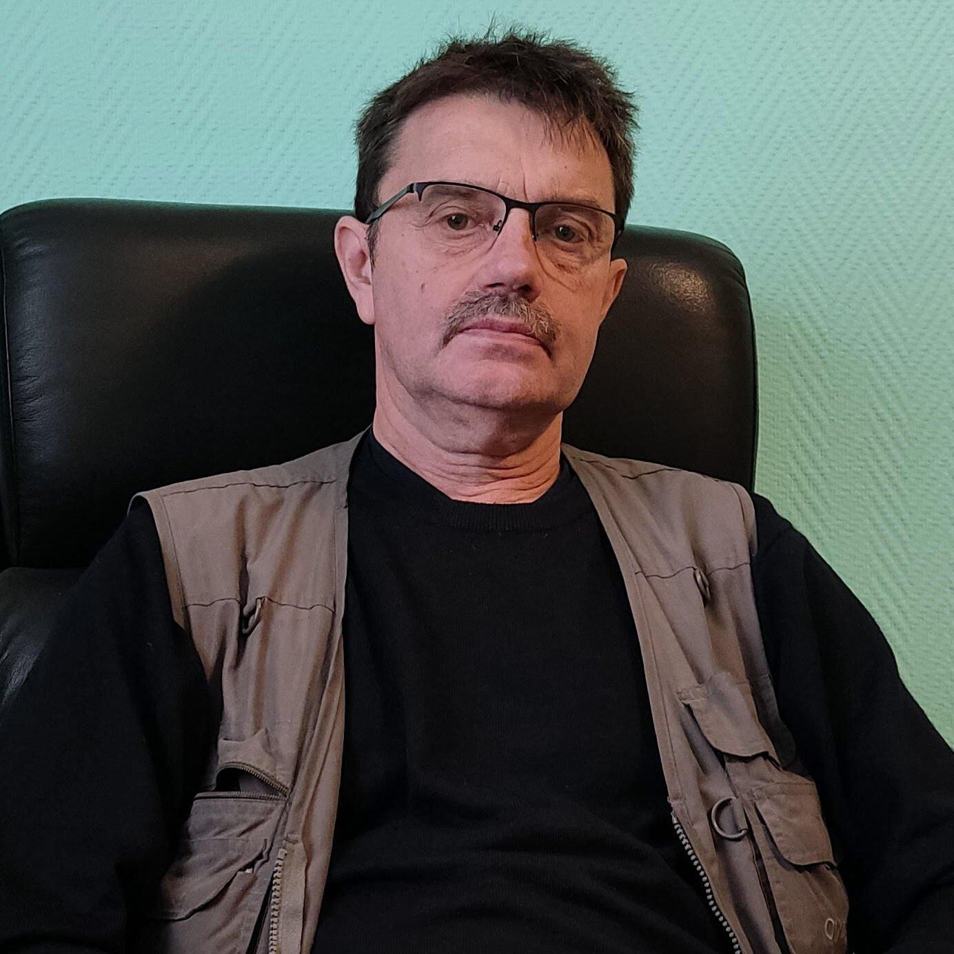 Игорь Карацапов, Секуритон Рус sq