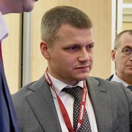 Каратаев Р. Министр МО