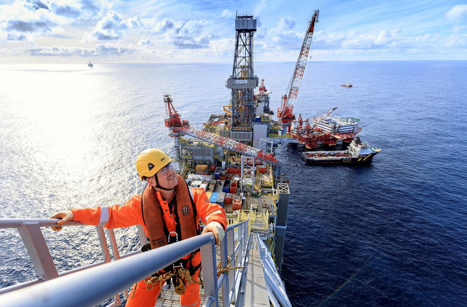 Комплексная безопасность и защищенность объектов промышленности, нефтегазового сектора и электроэнергетики