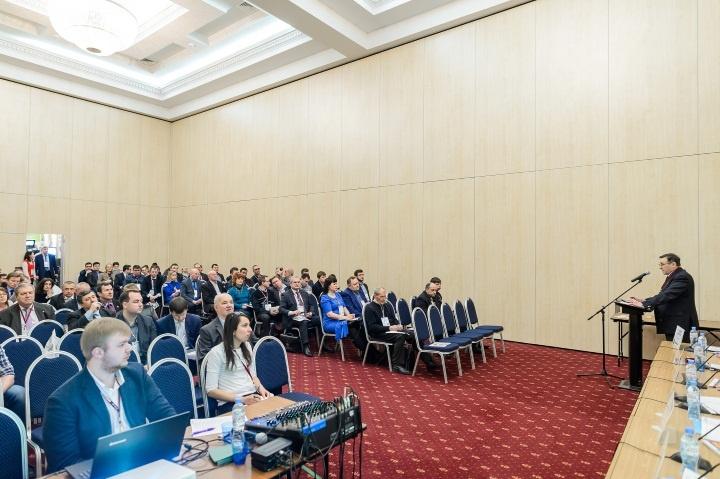 Получите прямой доступ к селективной аудитории топ-500 российских компаний
