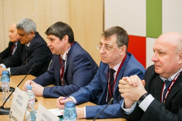 Карту потребностей ж/д транспорта обсудят на закрытой встрече с участиемруководителей Росжелдора и ОАО