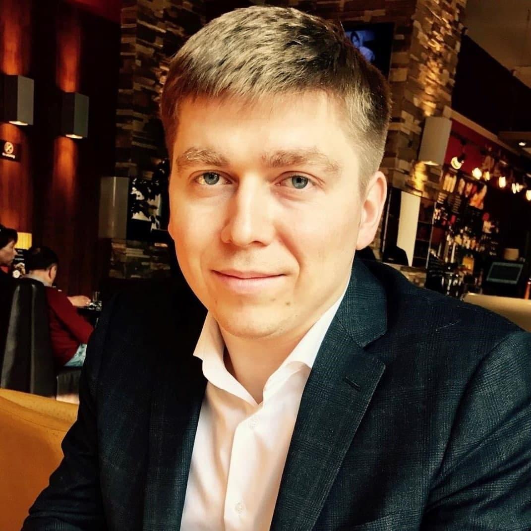Игорь Кузьмичев, Waves Enterprise